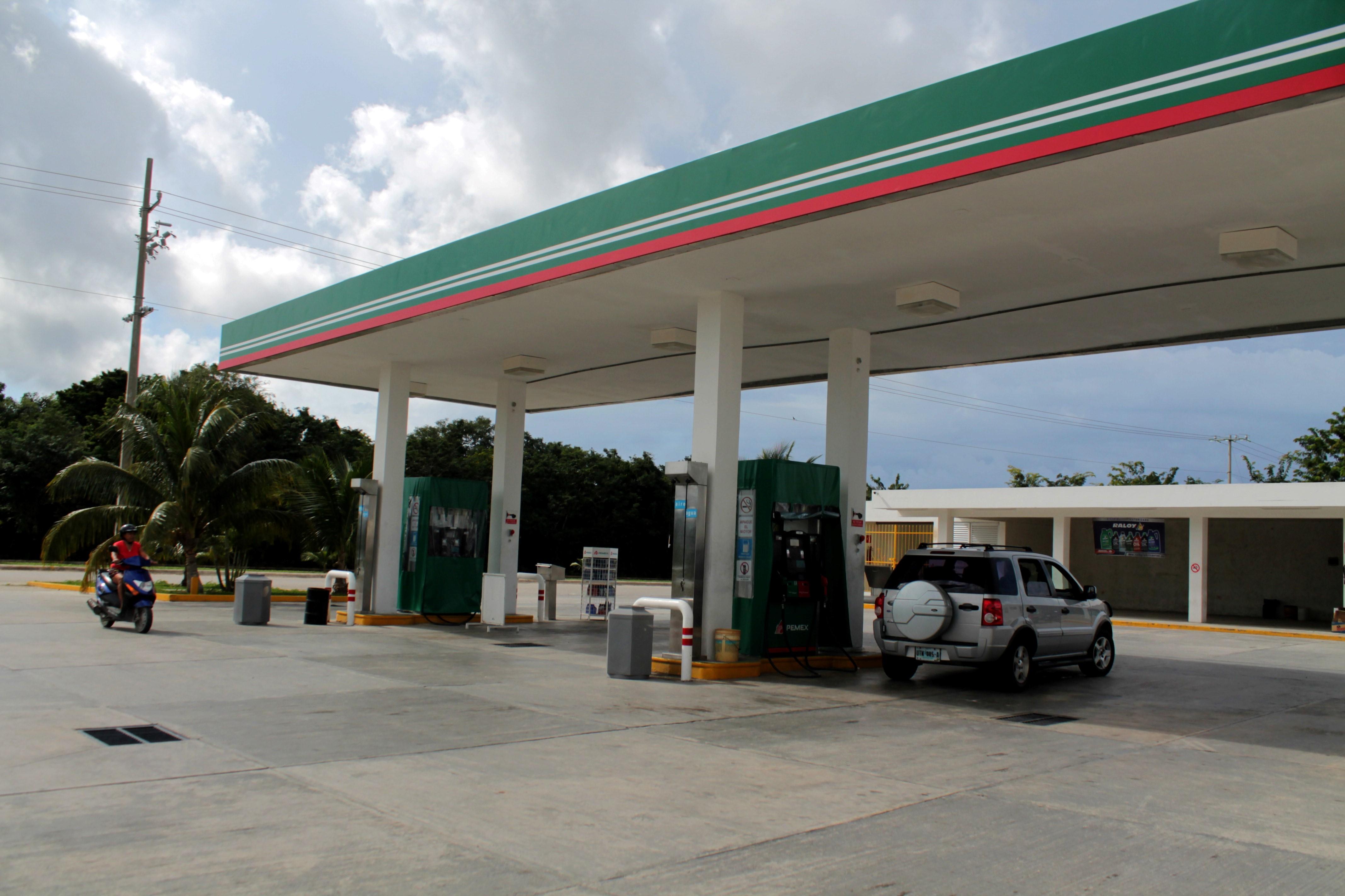 Gasolinería en San Miguel