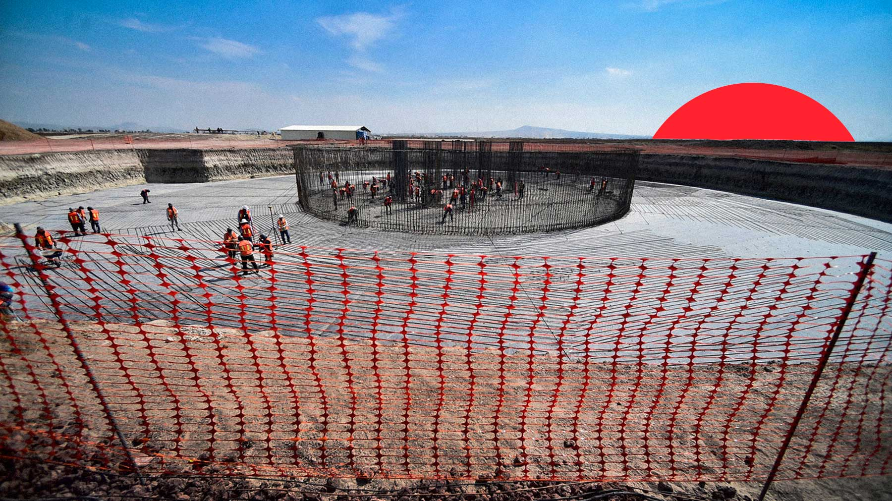 Gobierno federal ordena a industrias del acero, cemento y vidrio seguir produciendo para proyectos de AMLO